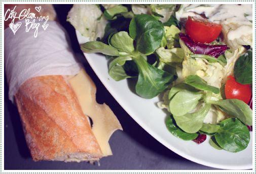 http://i402.photobucket.com/albums/pp103/Sushiina/Daily/salat1.jpg