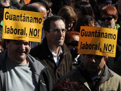 Manifestacion convocada por los principales sindicatos ccoo y ugt contra la nueva reforma laboral aprobada por el gobierno del pp. FERNANDO SANCHEZ