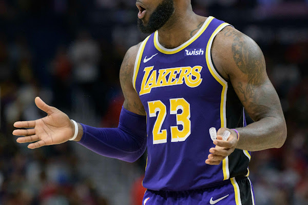 90130e6c9417 NBA executive: LeBron James 'killed' the Lakers' chemistry during Anthony  Davis trade talks