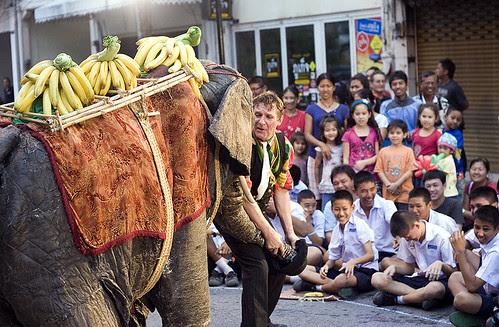 Phuket Street Show - PasParTout