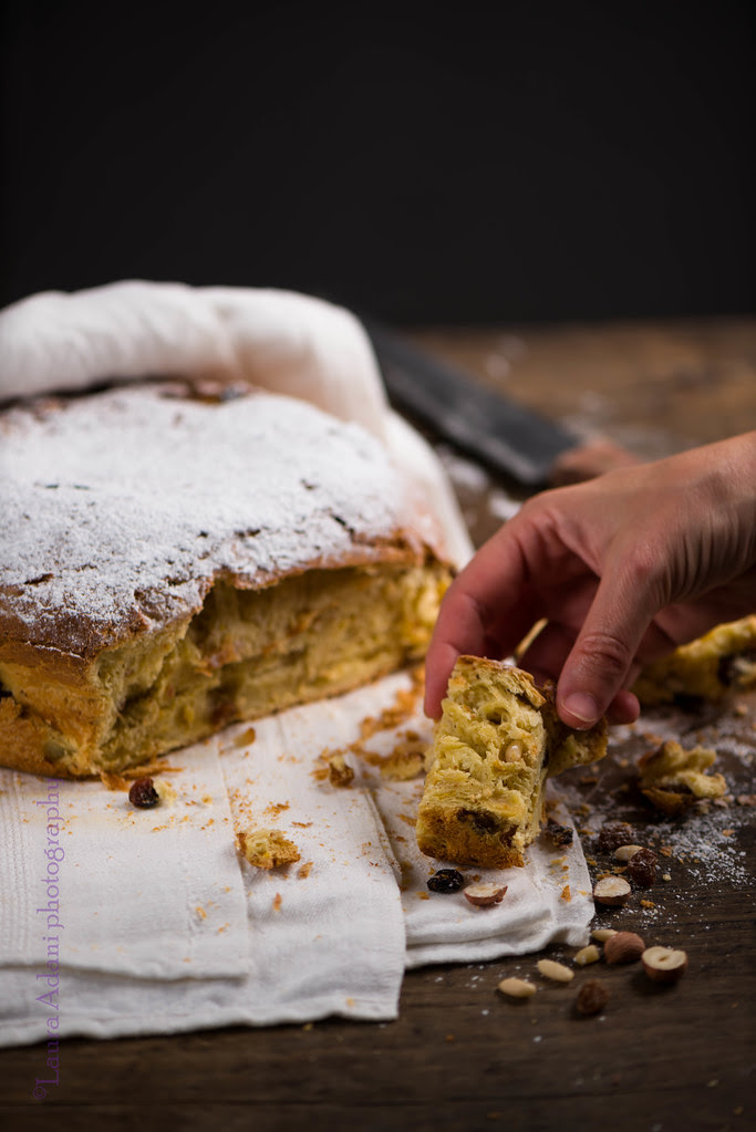 sweet bread with dried fruit