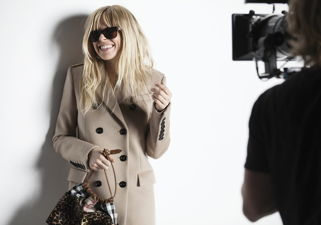 5 Sienna Miller behind the scenes at the Burberry Autumn_Winter 2013 campaign