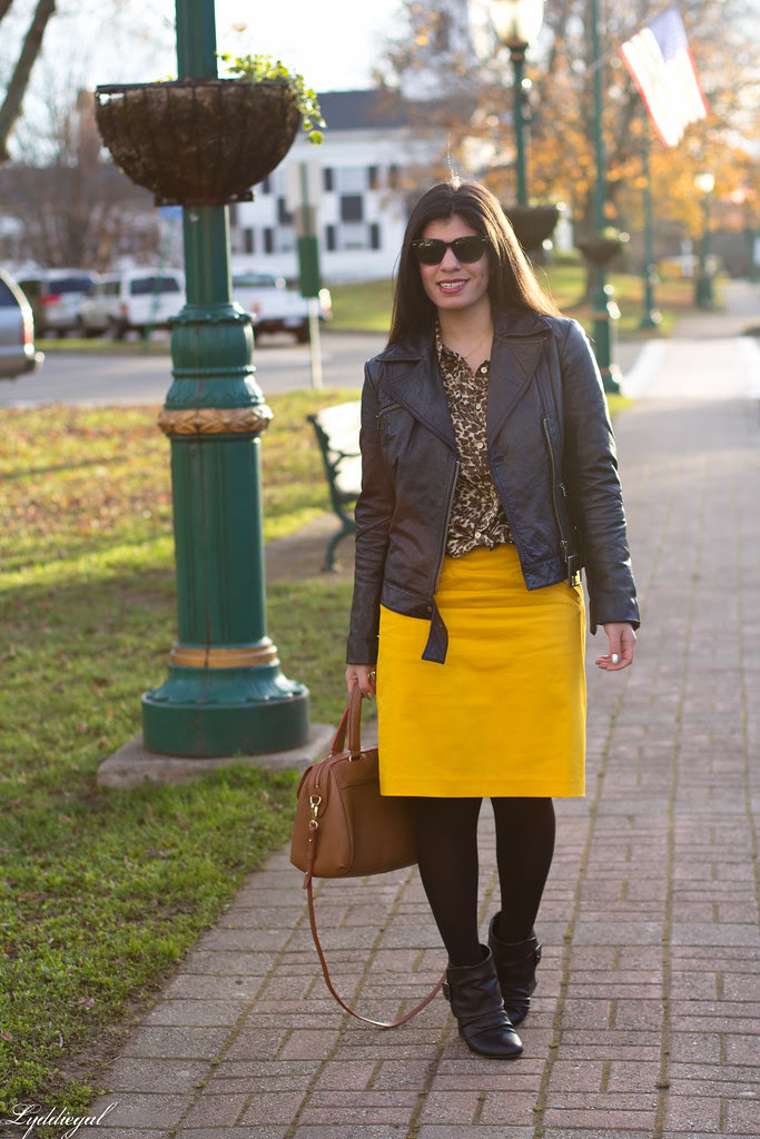 gold pencil skirt.jpg