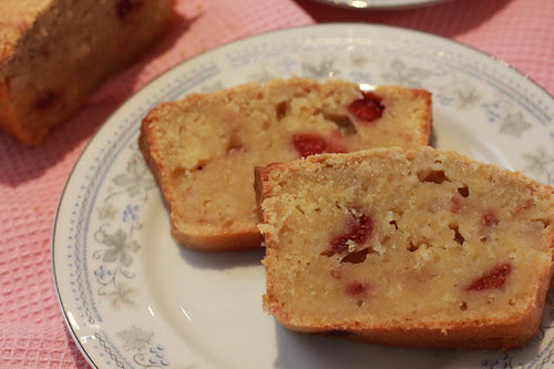 Pear and Raspberry Bread-4