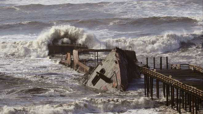 Historic Waves Slam California And Destroy Large Ship