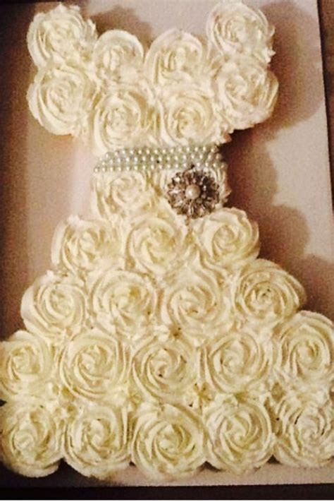 Wedding dress made out of cupcakes   Cakes, Cookies