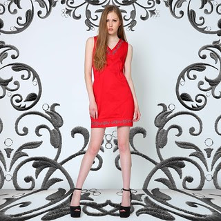 Sleeveless embro dress, Red and Gray, Php1695