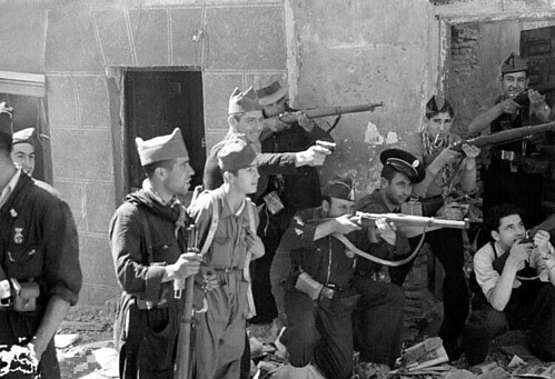 Toledo en plena guerra civil, septiembre de 1936. Foto Vincent Doherty. Arxiu Comarcal de l'Alt Penedès