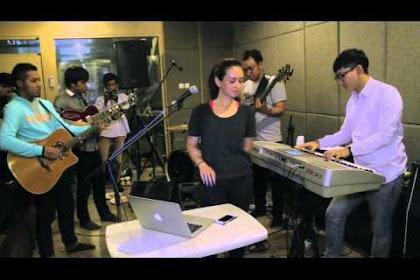Live!! Lirik lagu Morning Sugar - Ayushita