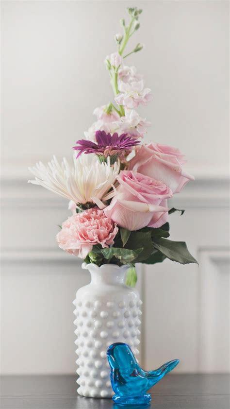 bouquet vase flowers wallpaper