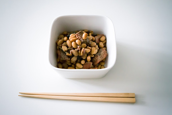 simmered soybeans and salmon