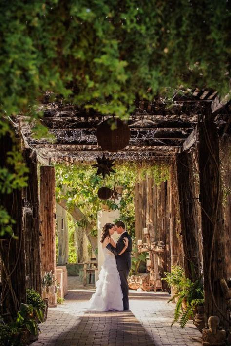 Best 25  Arizona wedding ideas on Pinterest   Wedding set