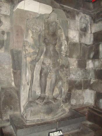 Статуята на Дурга