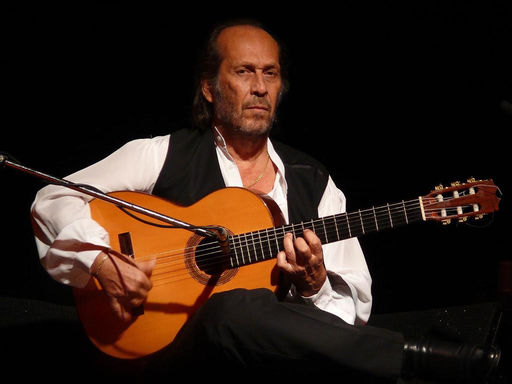Foto af Paco de Lucia ved en koncert