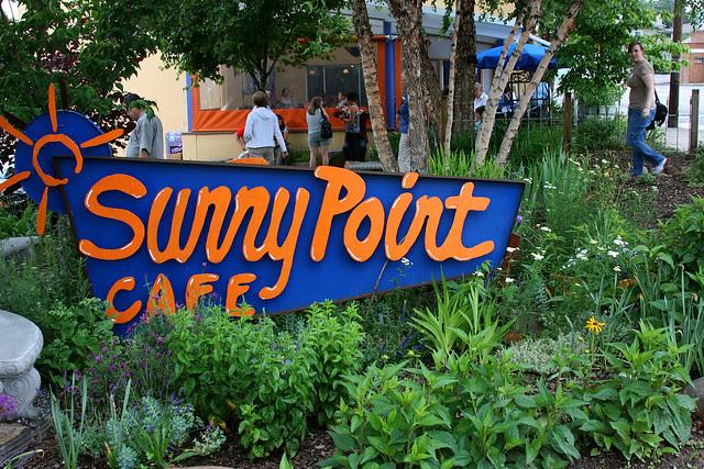 1-sunny_point_cafe