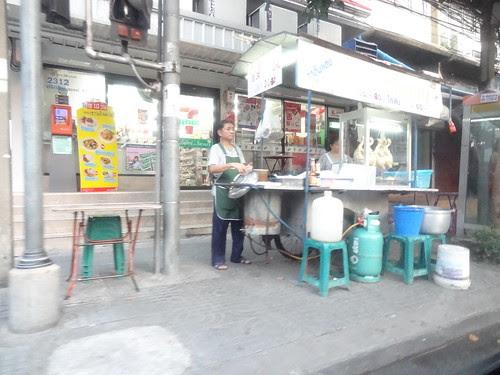 2013-10-12 Scenes de rue Bangkok (7)