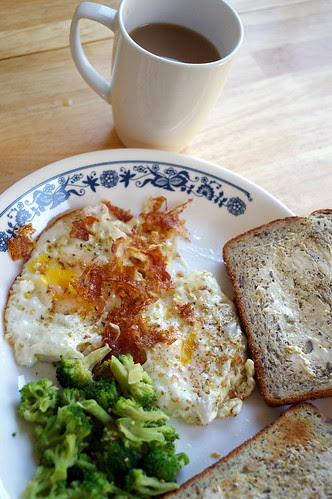 breakfast with boys using super takumar 35mm f/3.5