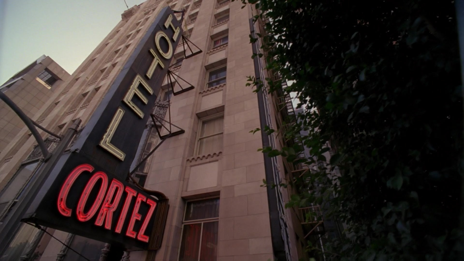 Resultado de imagem para american horror story Hotel Cortez