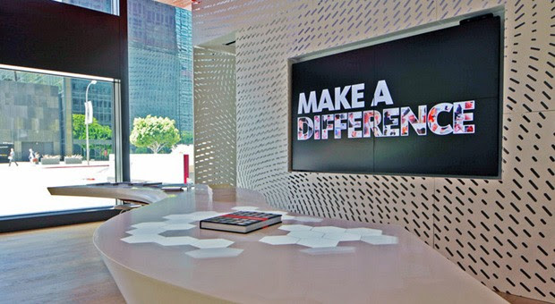 Gensler and The Hive build digitally augmented table linked to 4K display, awesomeness video
