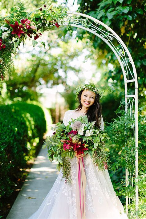 Vintage Jewel Tone Wedding Inspiration   Glamour & Grace