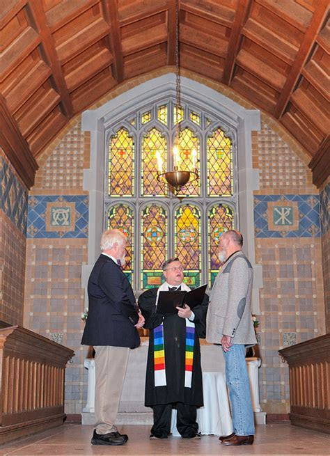New Hampshire Wedding Officiant for Gay Marriage