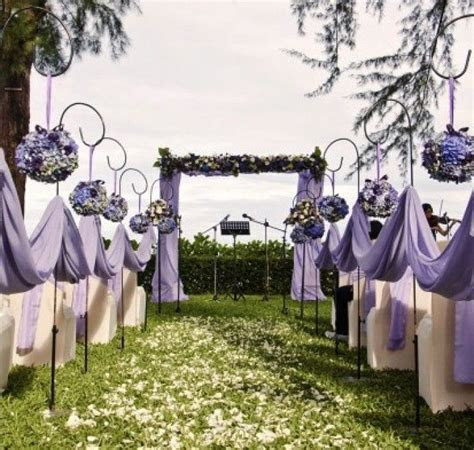Lavender Wedding Aisle   Weddings on a budget with cheap