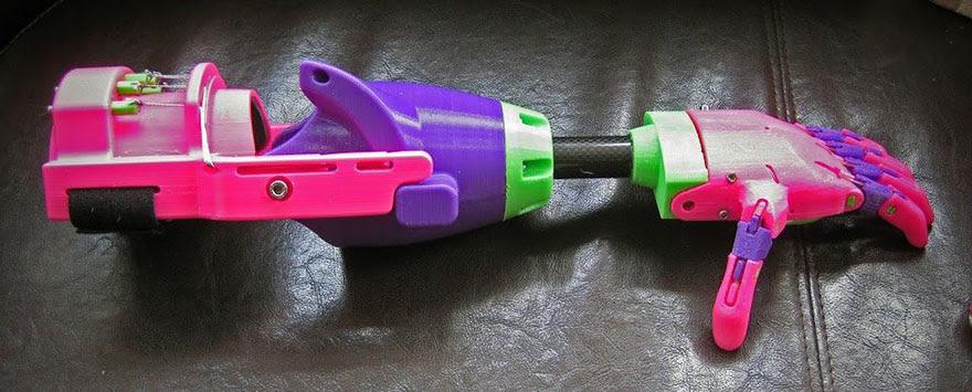 Impresso-3d-prótese de braço-stephen-Davies-enable-isabella-2