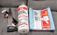 Serra, cobertura plástica e tapete