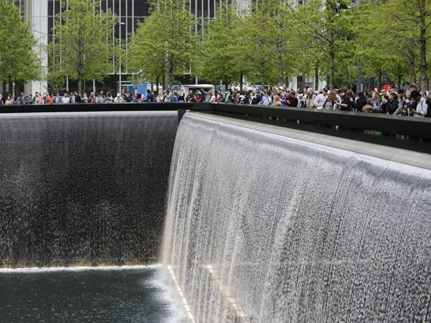 Memorial do 11 de Setembro em Nova York; local recebeu mais de 15 milhões de turistas em 3 anos (Foto: Frank Franklin/AP Photo)