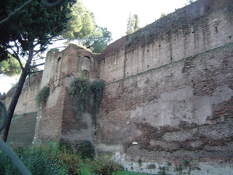 File:Aurelian Wall Mura delle torte.JPG