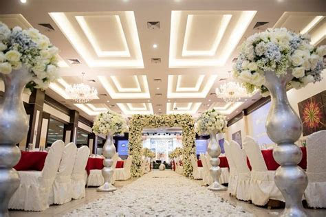 The difference between out door and indoor wedding decor