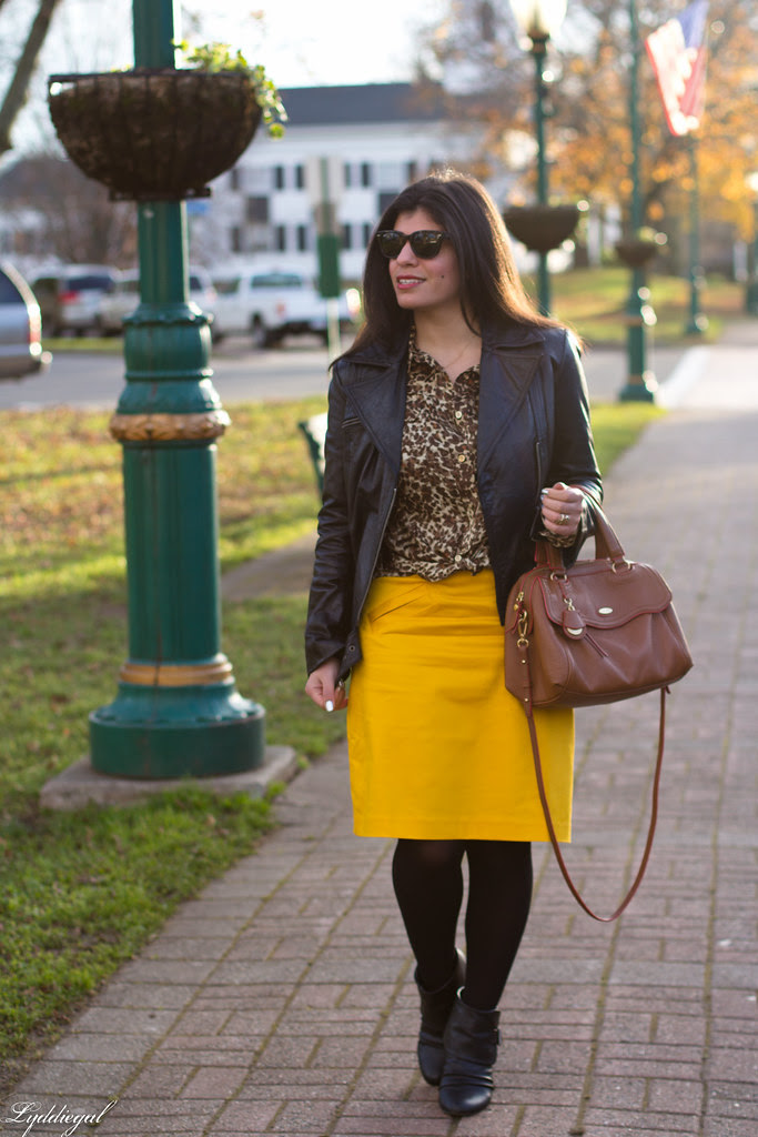 gold pencil skirt-1.jpg