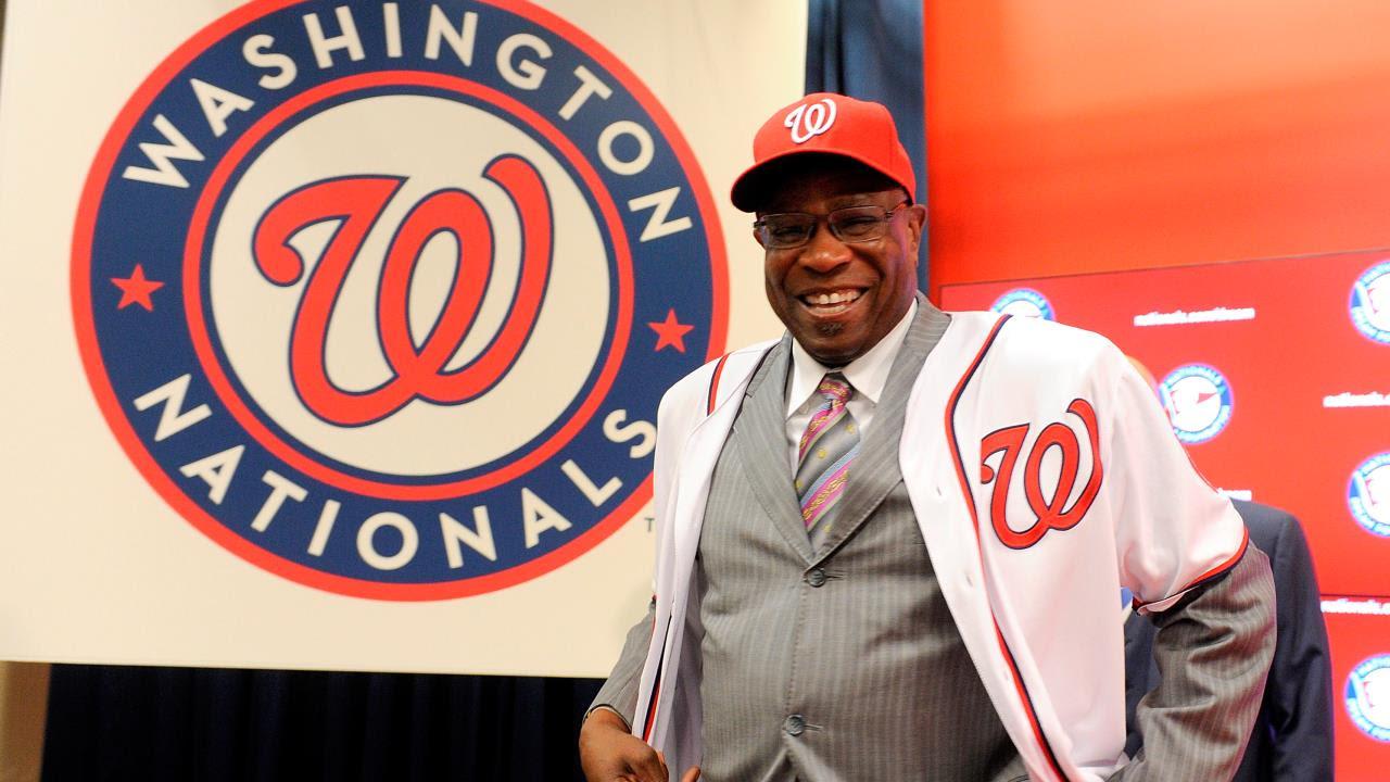 Dusty Baker fue presentado como manager de los Nacionales