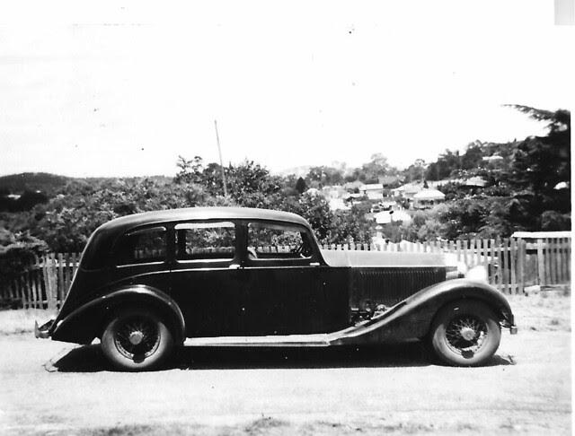 Rolls Royce  c1957 in Castlemaine