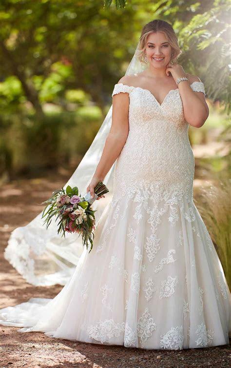 Plus Size Vintage Wedding Gown   Essense of Australia
