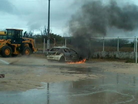 carro_queimado