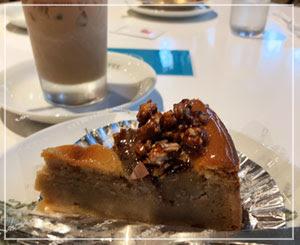 「イノダコーヒー」本店で、栗のタルトを。