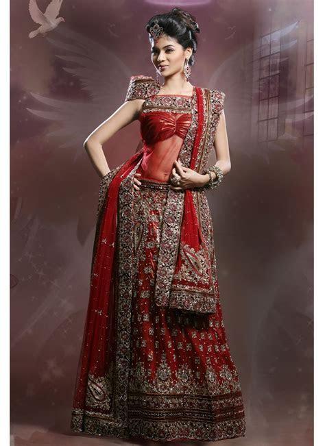 Indian Wedding Dresses     January 26, 2012 at 800