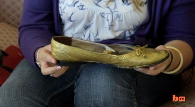 This Girl Must Have the Biggest Women's Feet in Europe