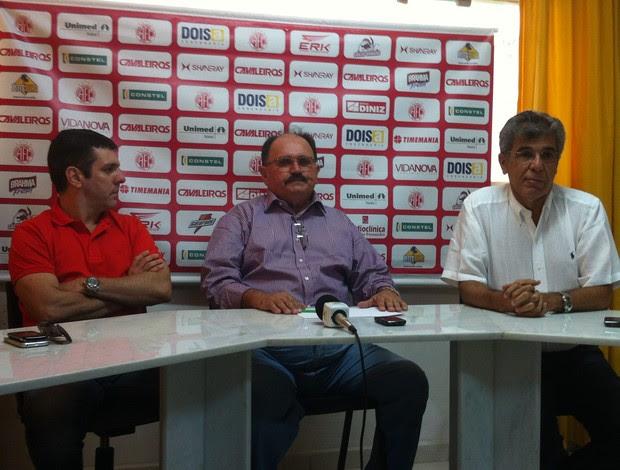 Alex Padang, José Vanildo e Marconi Barretto, em coletiva na FNF (Foto: Tiago Menezes)