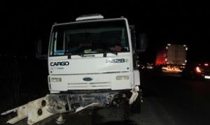 Motorista do caminhão fugiu sem prestar socorro