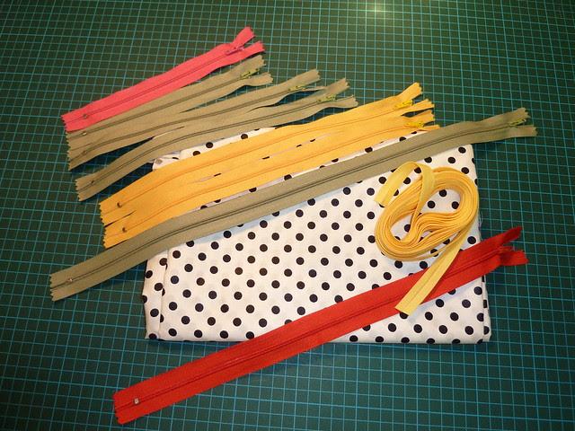 Zips, Polka Dot Cotton Fabric, Bias Binding
