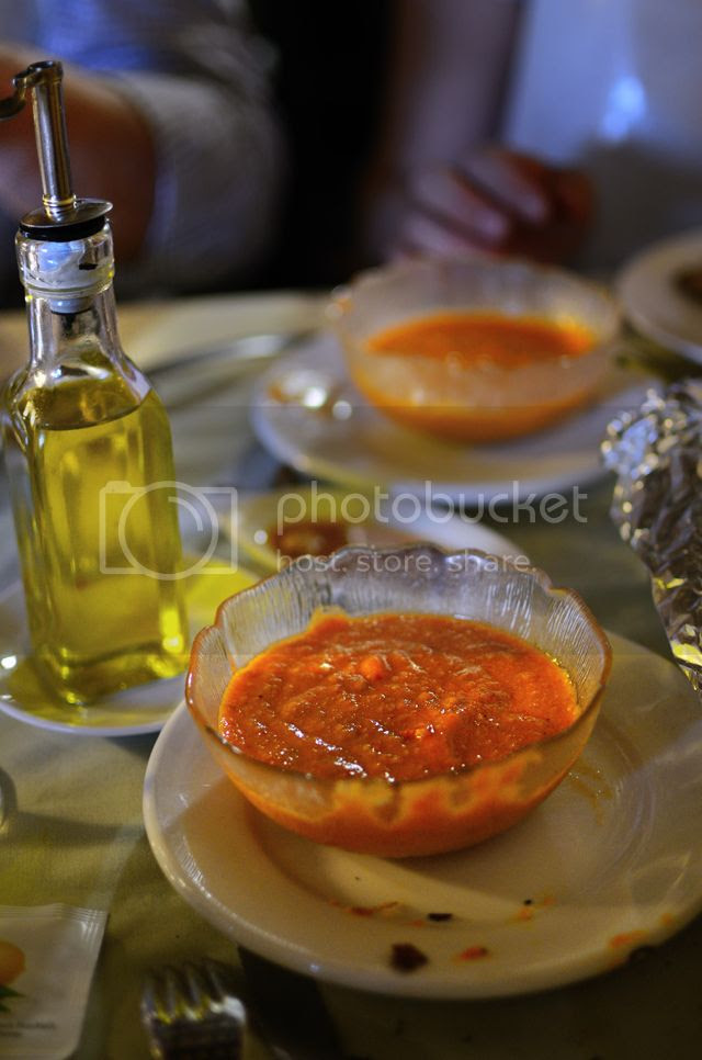 How to Prepare Romesco Sauce [enlarge]