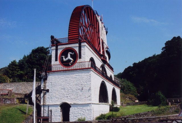 File:Laxey Wheel - geograph.org.uk - 764582.jpg