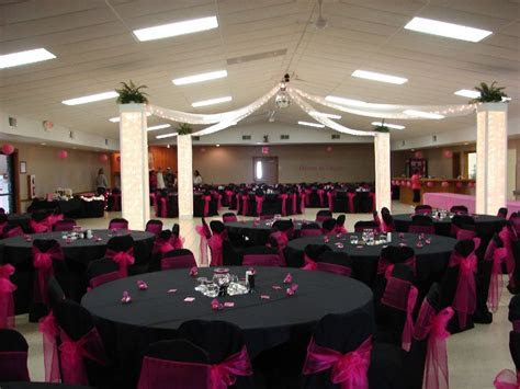weddings with black and fuschia colors   Hot Pink & Black