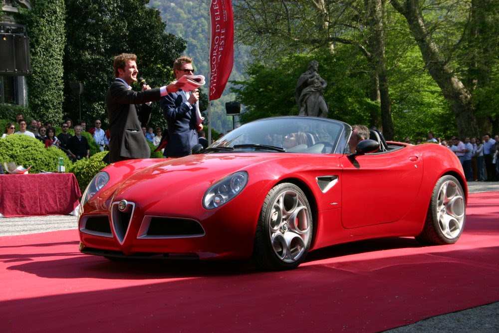 Alfa romeo 8c spider VS BMW z4 roadster