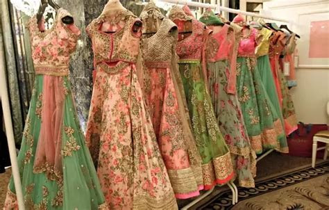 Which is the best shop to buy lehenga dress in chennai