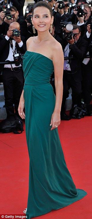 Showed up: Lana Del Rey and french actress Virginie Ledoyen both kept it simple in block colours