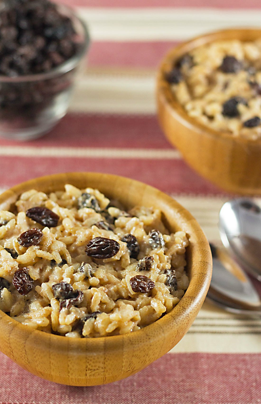 Easy Eggnog-Raisin Rice Pudding ⋆ Its Yummi