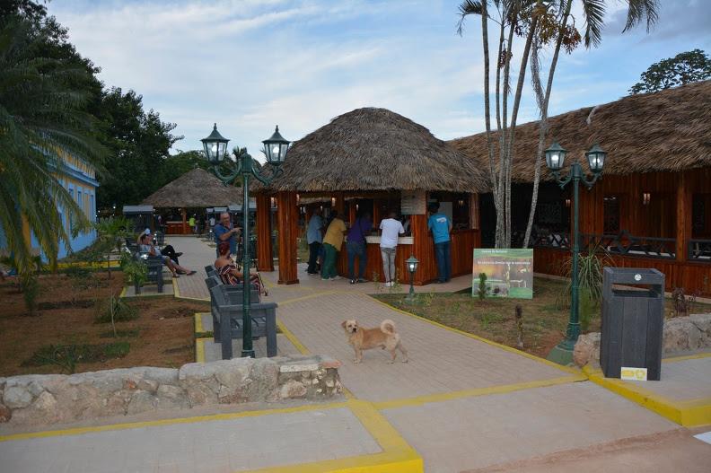 0814-restaurante Cuevas de Bellamar-1.jpg
